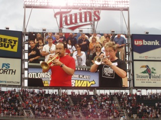 The Star-Spangled Banner performance at Minnesota Twins game